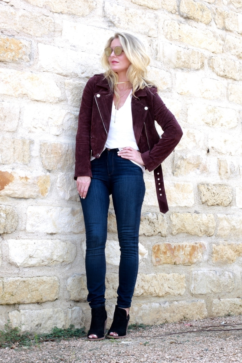 Mom Uniform, cool mom outfits, outfit ideas, nordstrom, moto jacket, blank nyc, suede jacket, skinny jeans, burgundy jacket,