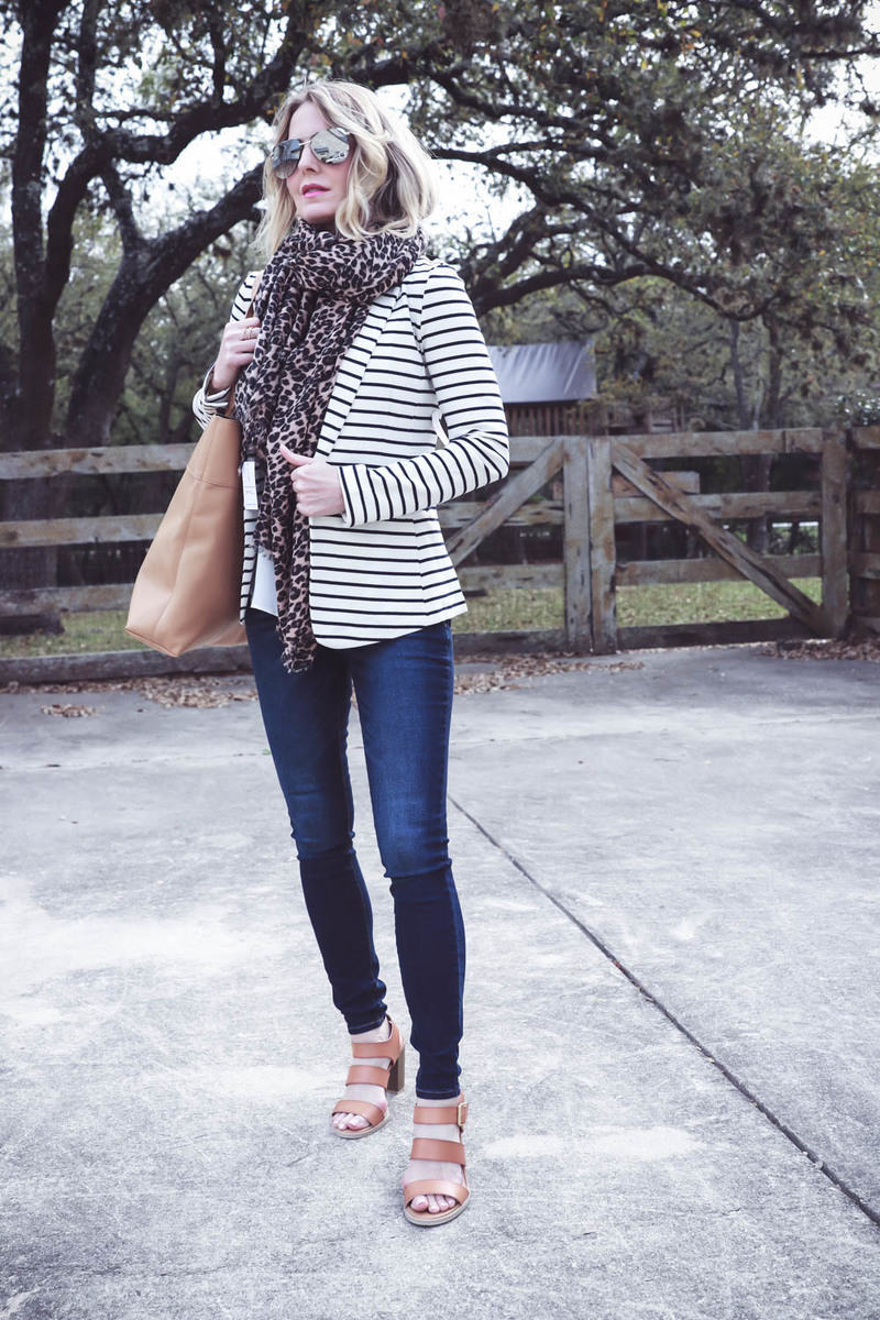 spring capsule wardrobe from old navy with erin busbee, busbeestyle.com, fashion blogger and fashion youtuber from san antonio, texas