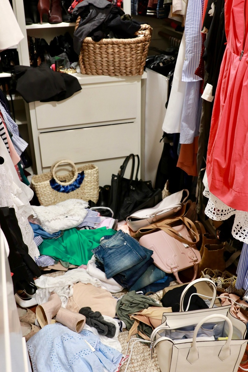 How to edit your messy closet by fashion blogger and youtuber erin busbee of busbee style