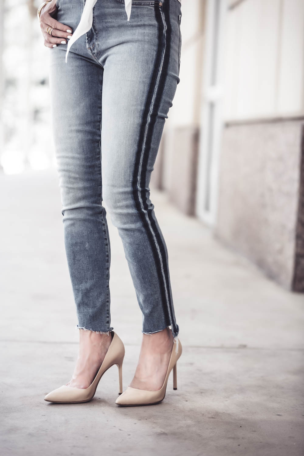Mother Denim, Mother jeans in stunner ankle fray in kitty racing stripe, Awesome jeans! High rise with a step hem, VERY slimming and elongating
