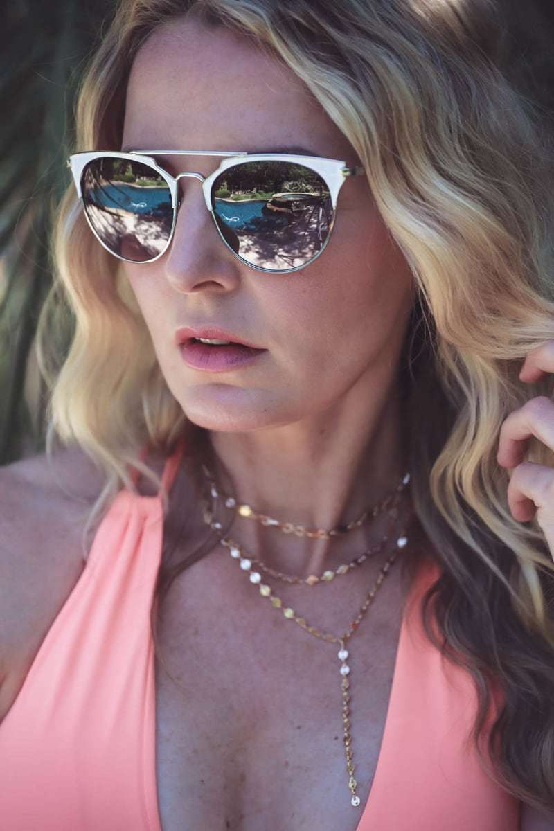 Choker necklace, fashion trend, summer 2017, by Erin Busbee, fashion blogger and youtuber, fashion over 40