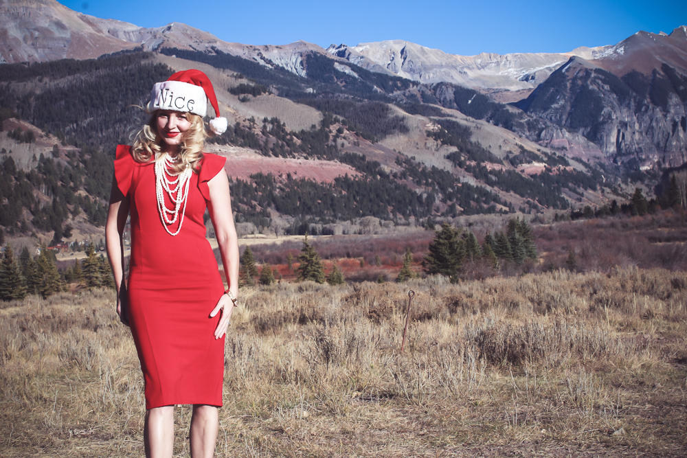 Holiday dress ideas, outfit ideas, erin busbee, fashion blogger, from Busbee Style wearing a red sheath dress from Nordstrom