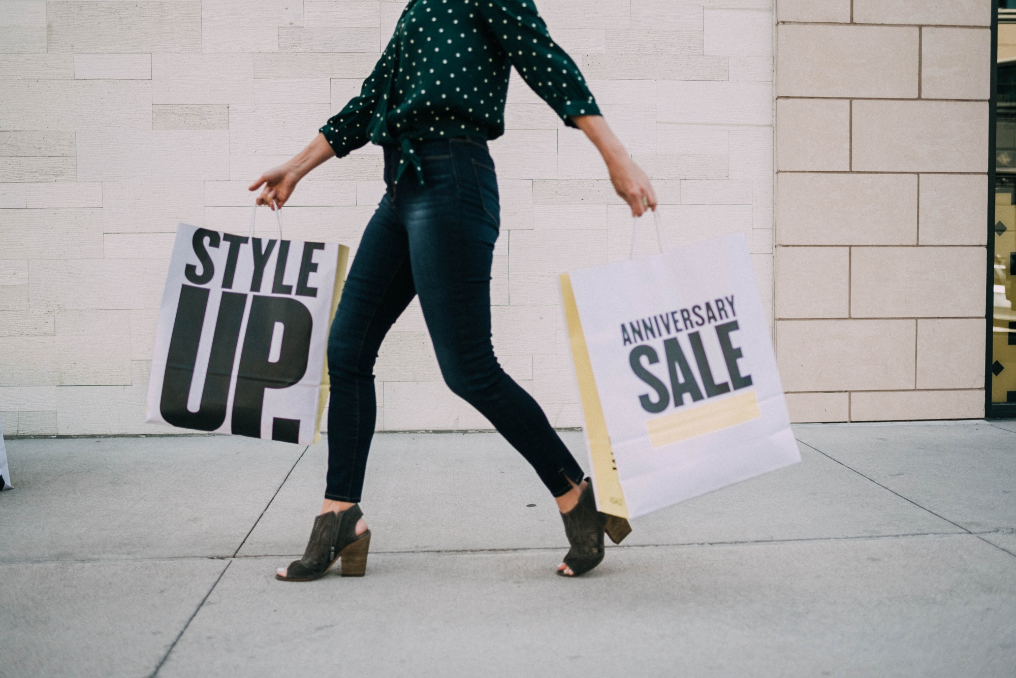Nordstrom anniversary sale in store shopping picks fashion blogger Erin Busbee of Busbee Style