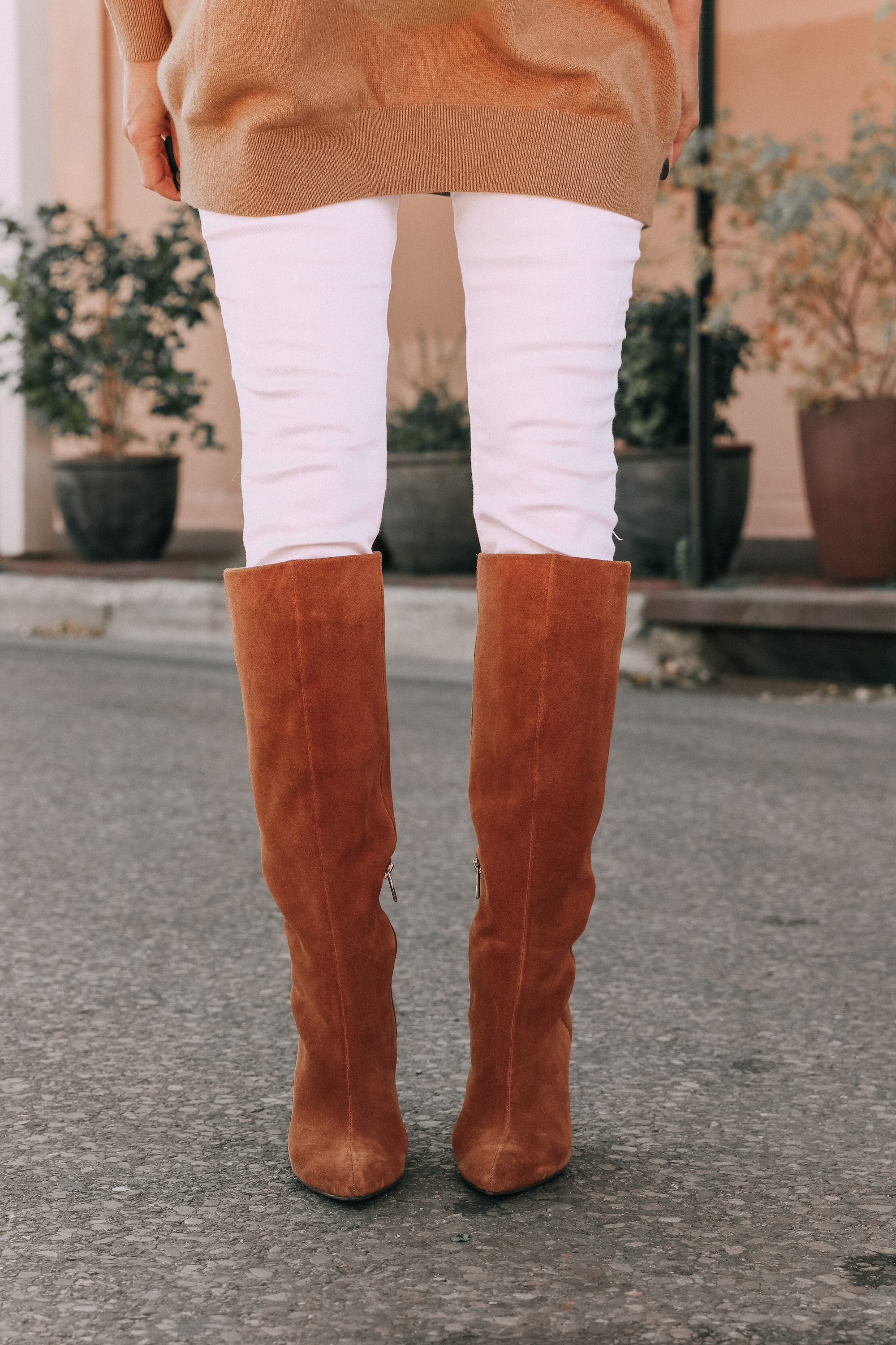 brown suede knee boots vince camuto modesie cone-heel boot fall autumn outfit with white jeans camel sweater