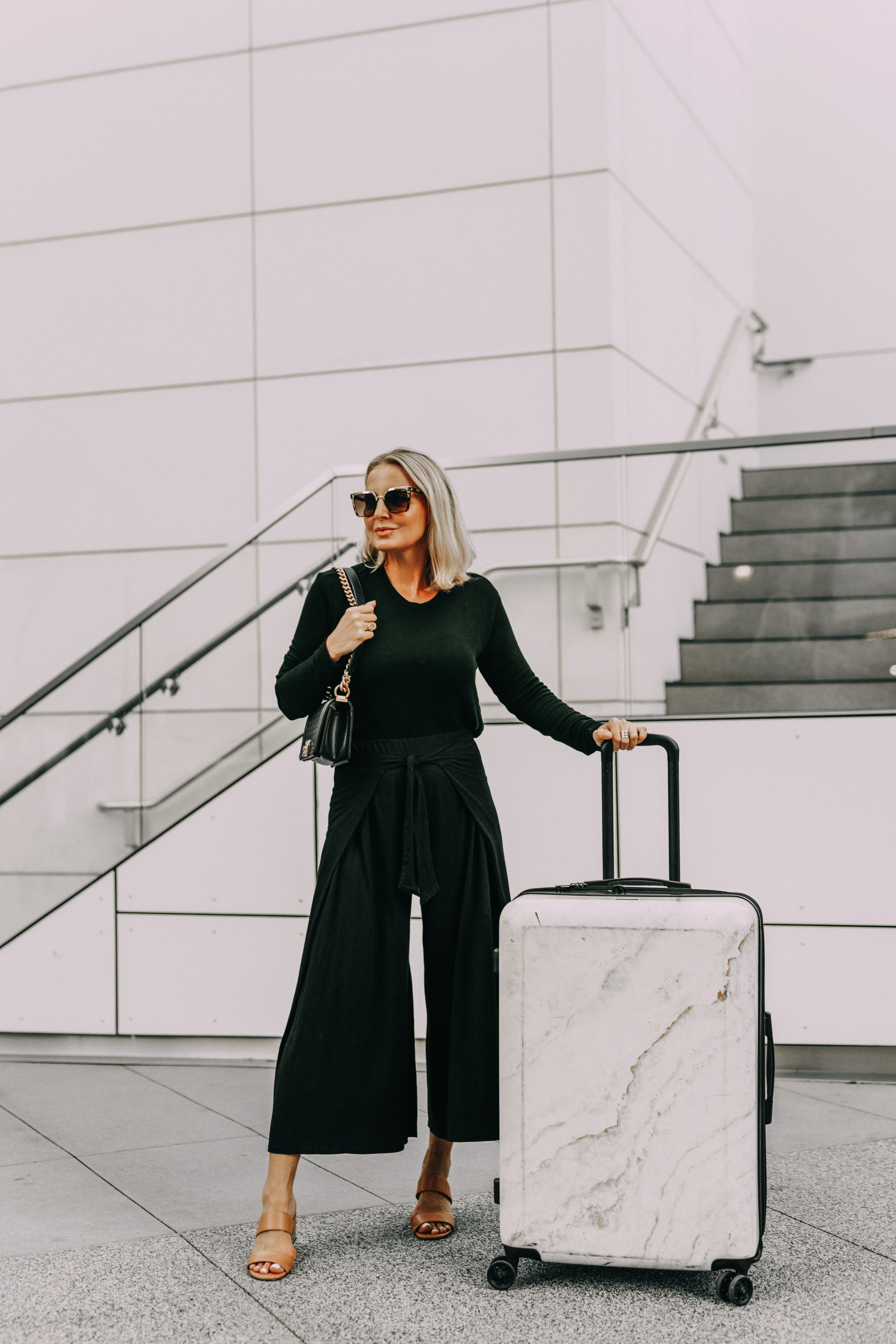 fashionable travel outfit
