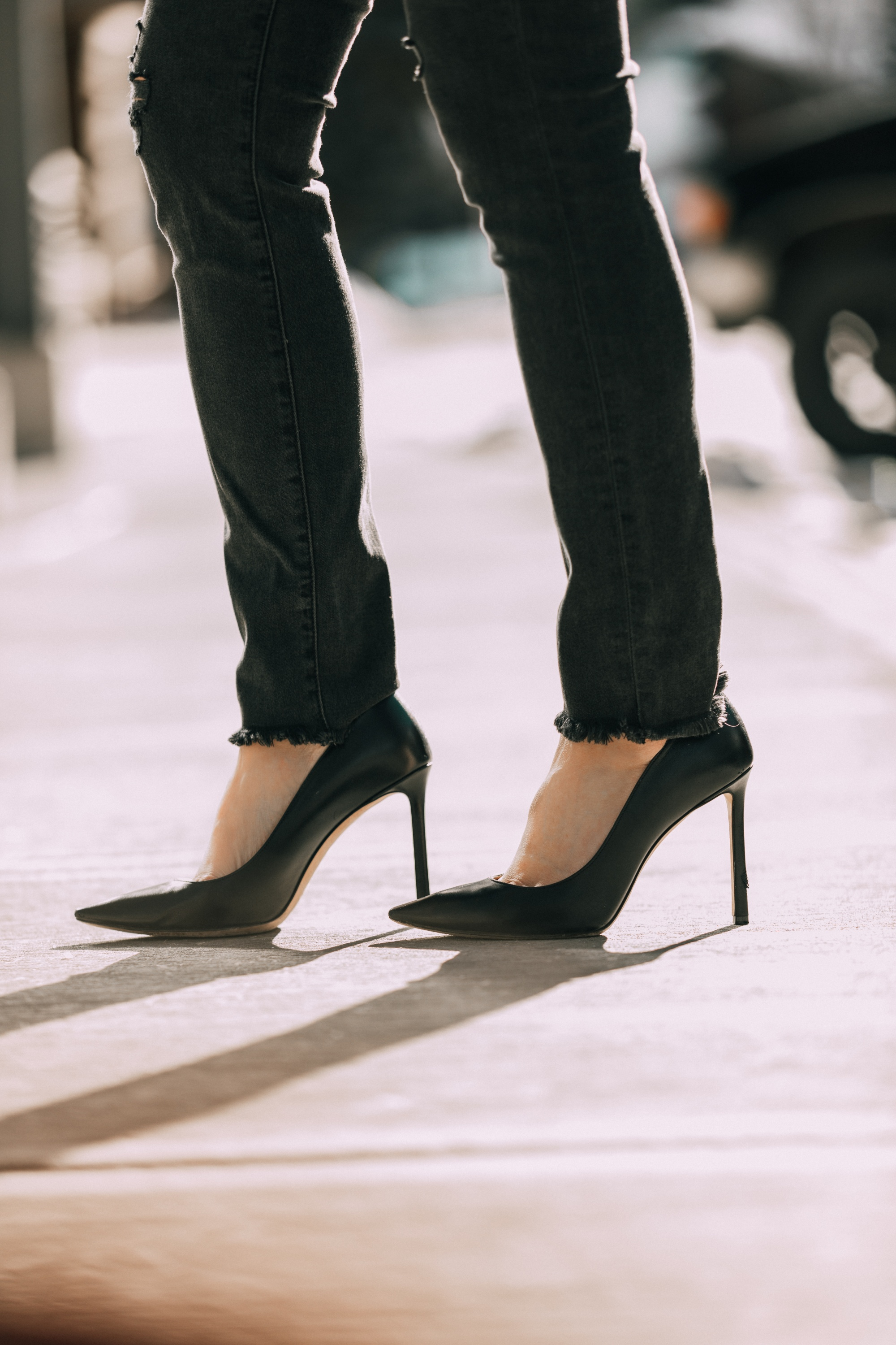 Women's fashion blogger, Erin Busbee, shares 13 style hacks for women over 40 who love fashion.