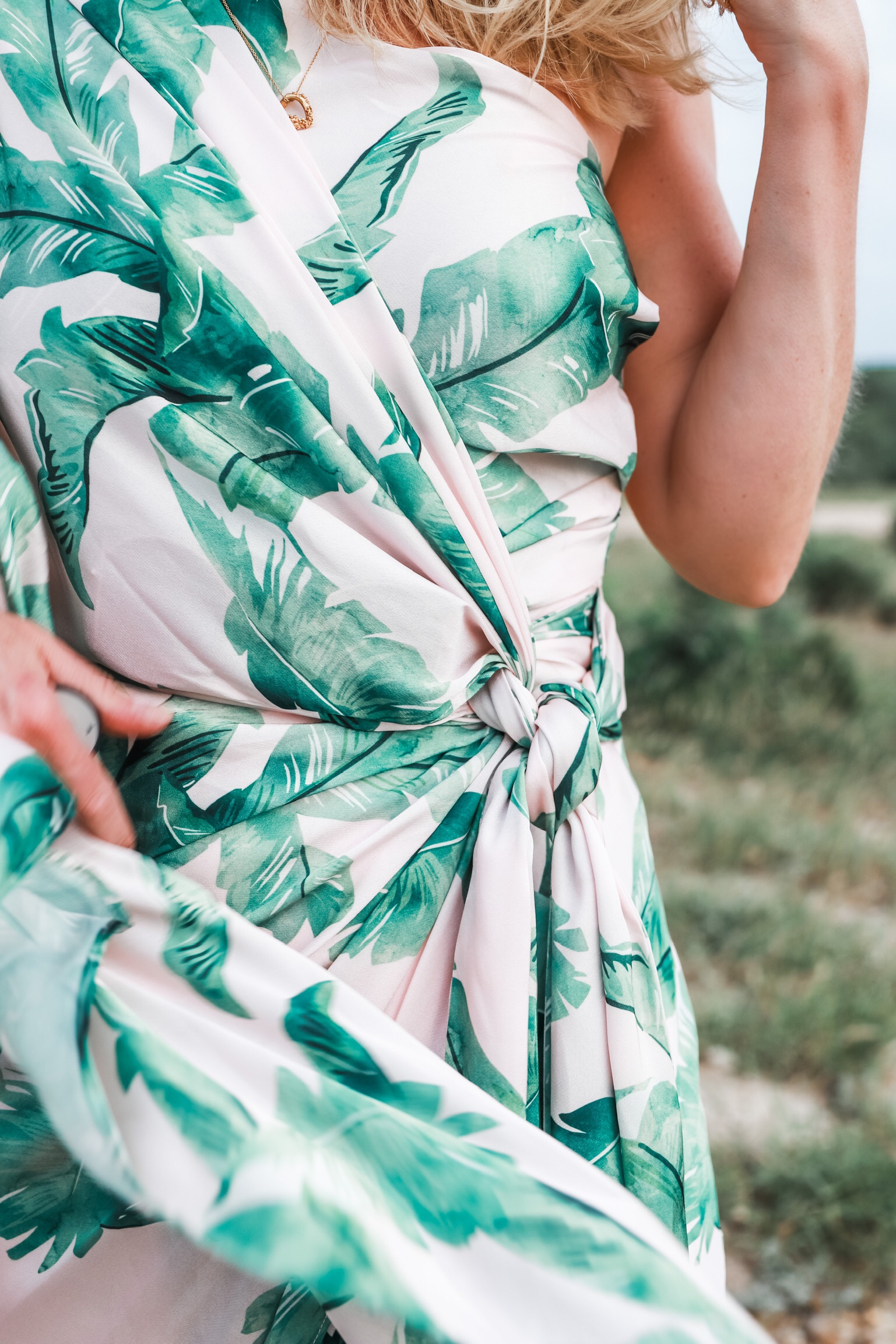 palm print dress, fashion blogger wearing jennifer lopez grammy versace inspired gown Significant Other Bequia palm print dress