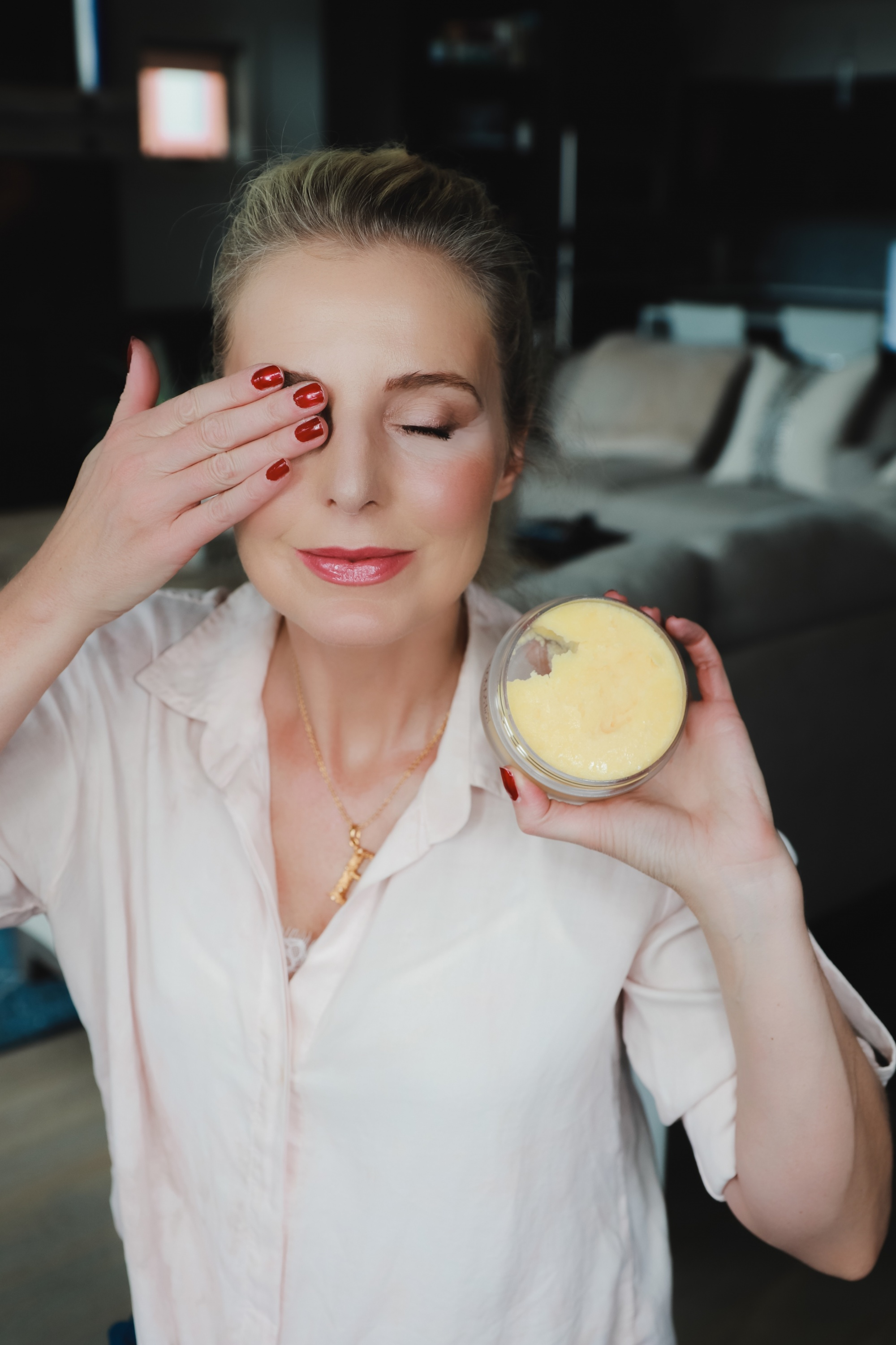 Favorite Skincare Brand, Erin Busbee of Busbee Style using the Colleen Rothschild Radiant Cleansing Balm to get off all makeup in her home in Telluride, Colorado