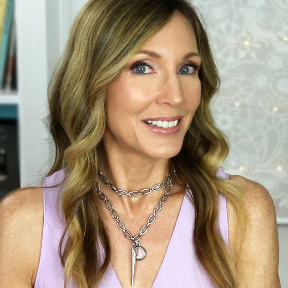 Best Influencers Over 40, Including Angie of Angie Hot & Flashy