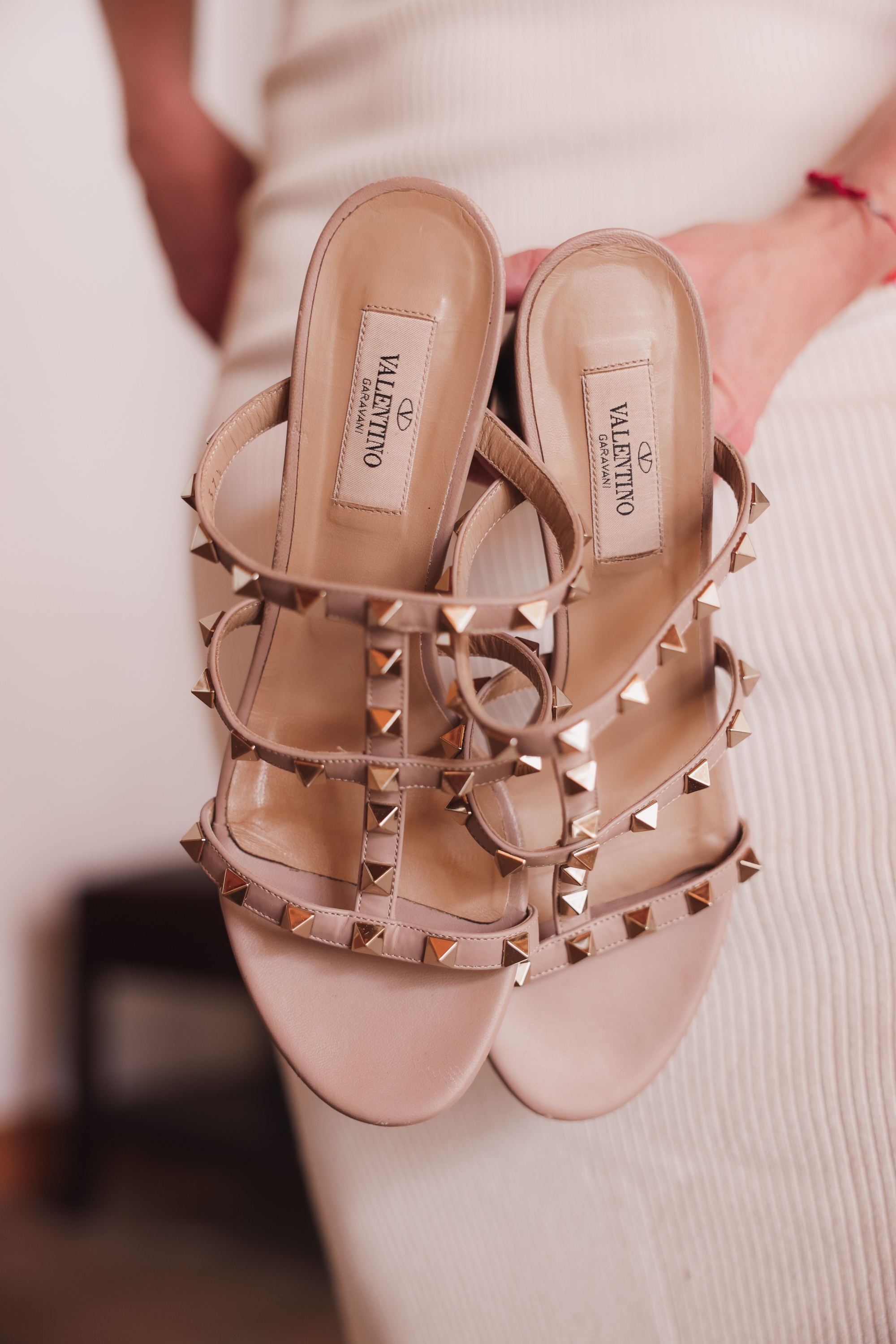Valentino Rockstud sandals in beige paired with white knit tank dress, valentino rockstud sandals review