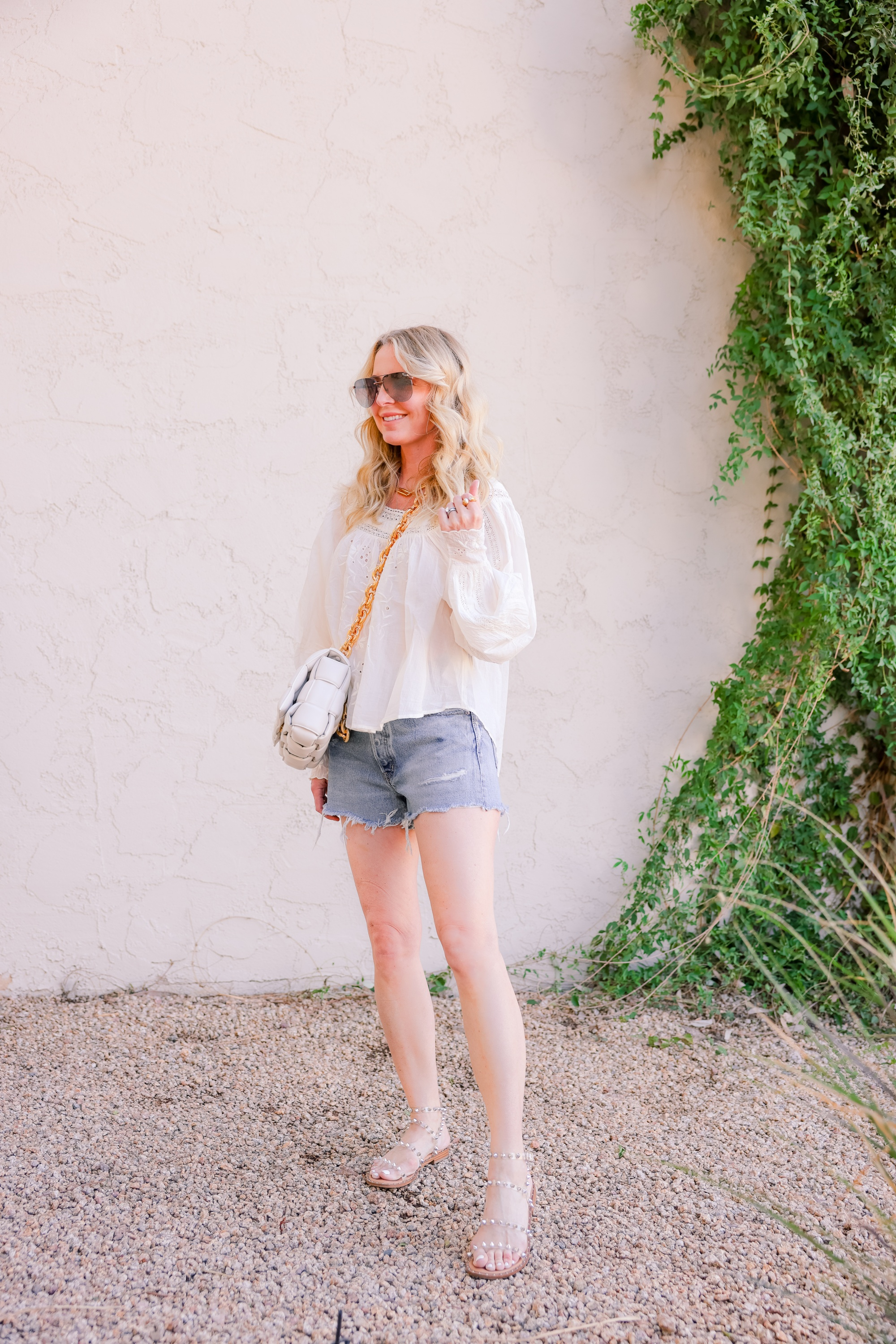 Moussy Vintage denim shorts, Erin Busbee, jean shorts, how should denim shorts fit, shorts for middle aged woman, how to wear shorts over 40, length of shorts womens, shorts inseam guide womens, are my shorts too short, jean shorts outfit, cute shorts, mom shorts outfit, ways to wear shorts over 40