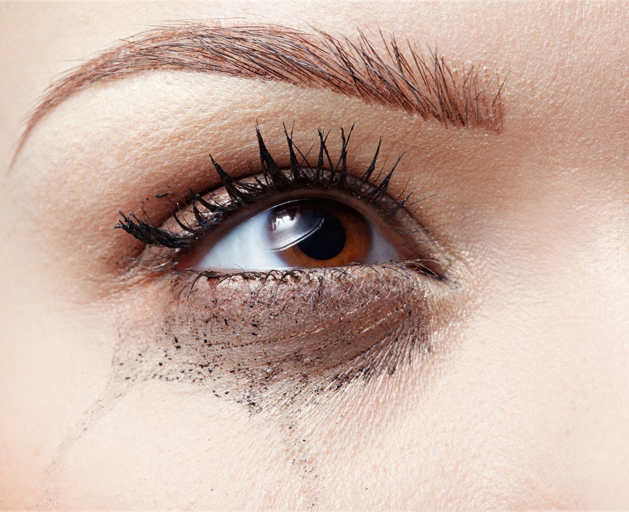 mascara smudge common beauty questions