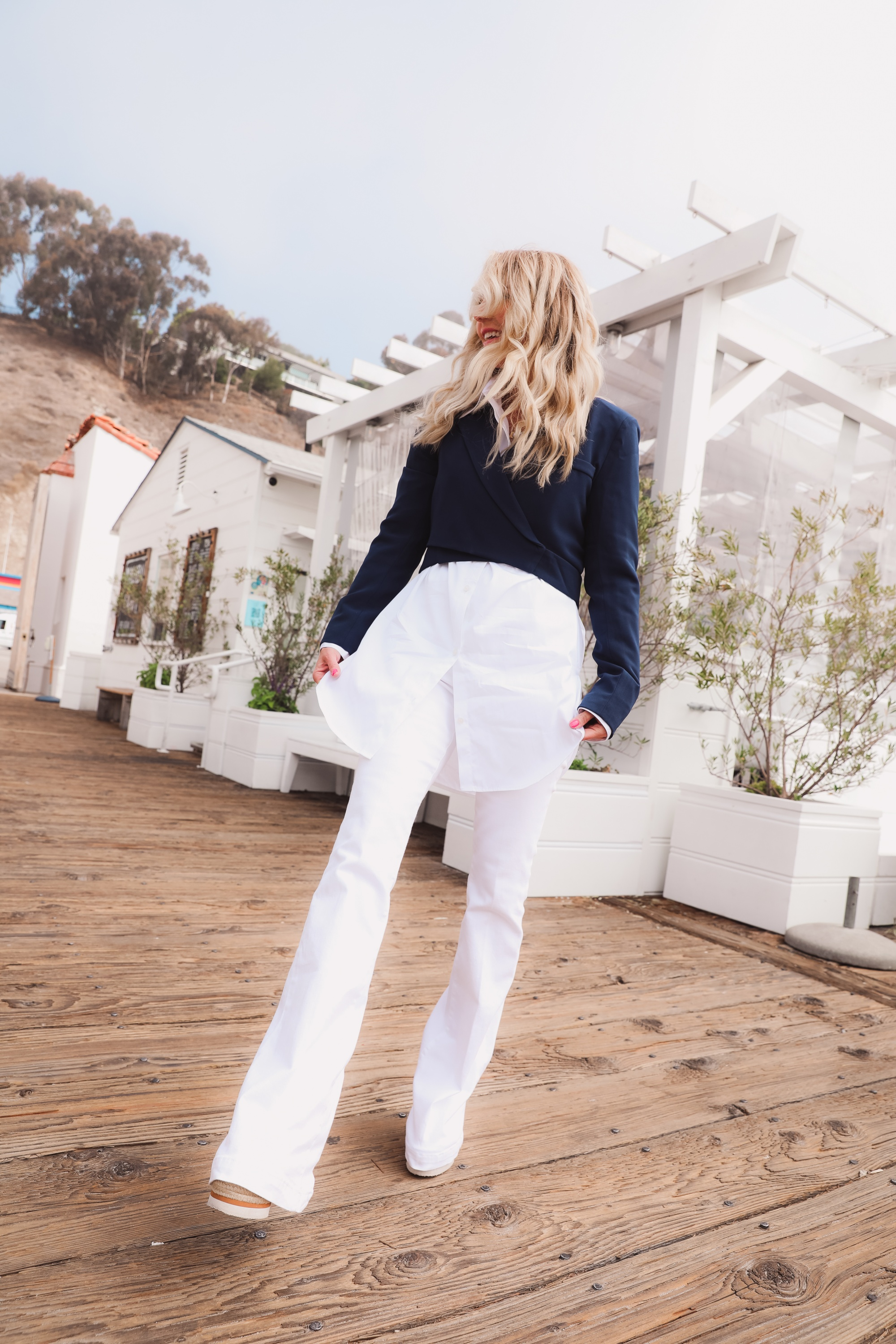 how to wear a cropped blazer, how to wear a cropped blazer over 40, how to wear cropped blazer, wear cropped blazer, navy cropped blazer, 4th & reckless cropped blazer, white open edit oversized button down, see by chloe wedges, white frame flare jeans, cropped blazer outfit, erin busbee
