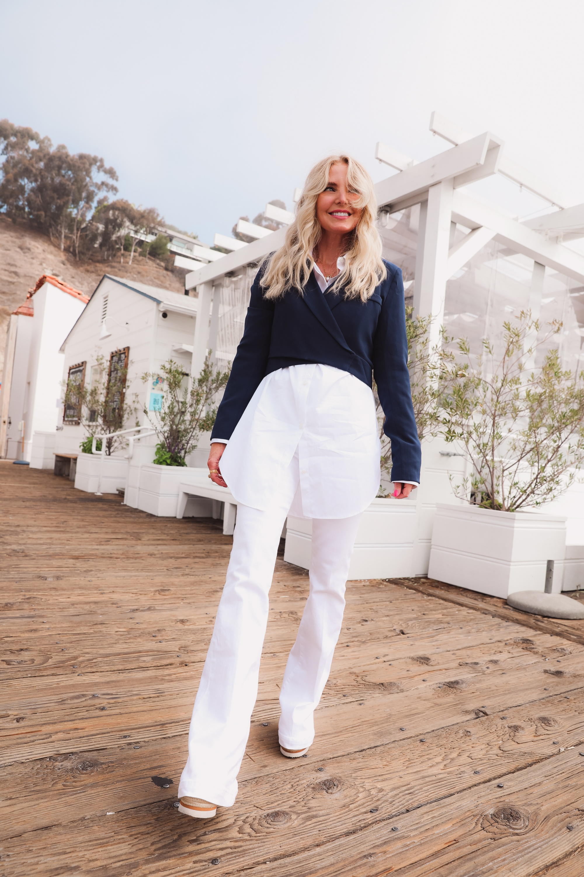 how to wear a cropped blazer, how to wear a cropped blazer over 40, how to wear cropped blazer, wear cropped blazer, navy cropped blazer, 4th & reckless cropped blazer, white open edit oversized button down, see by chloe wedges, white frame flare jeans, erin busbee, cropped blazer outfit