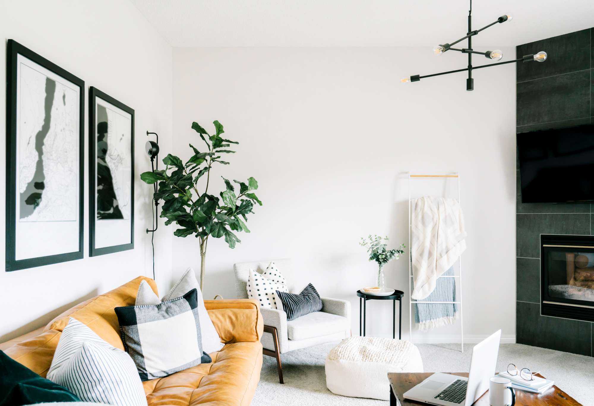 How To Mix Prints In Your Home Like A Pro