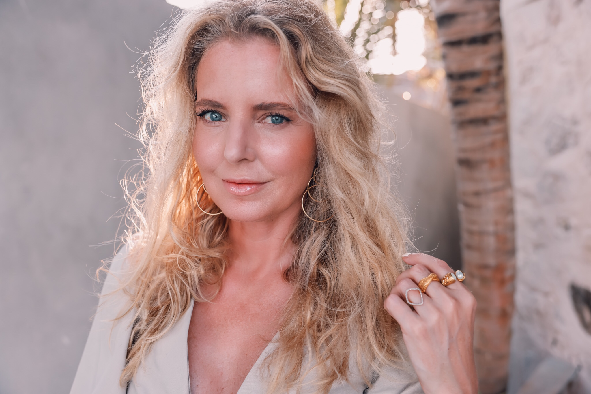 clean summer makeup look, clean summer makeup finds, clean beauty, clean makeup, clean skincare, erin busbee, tulum, mexico, how to get perfect summer makeup, dewy summer makeup, summer makeup over 40, over 40 makeup, clean beauty over 40, clean makeup over 40