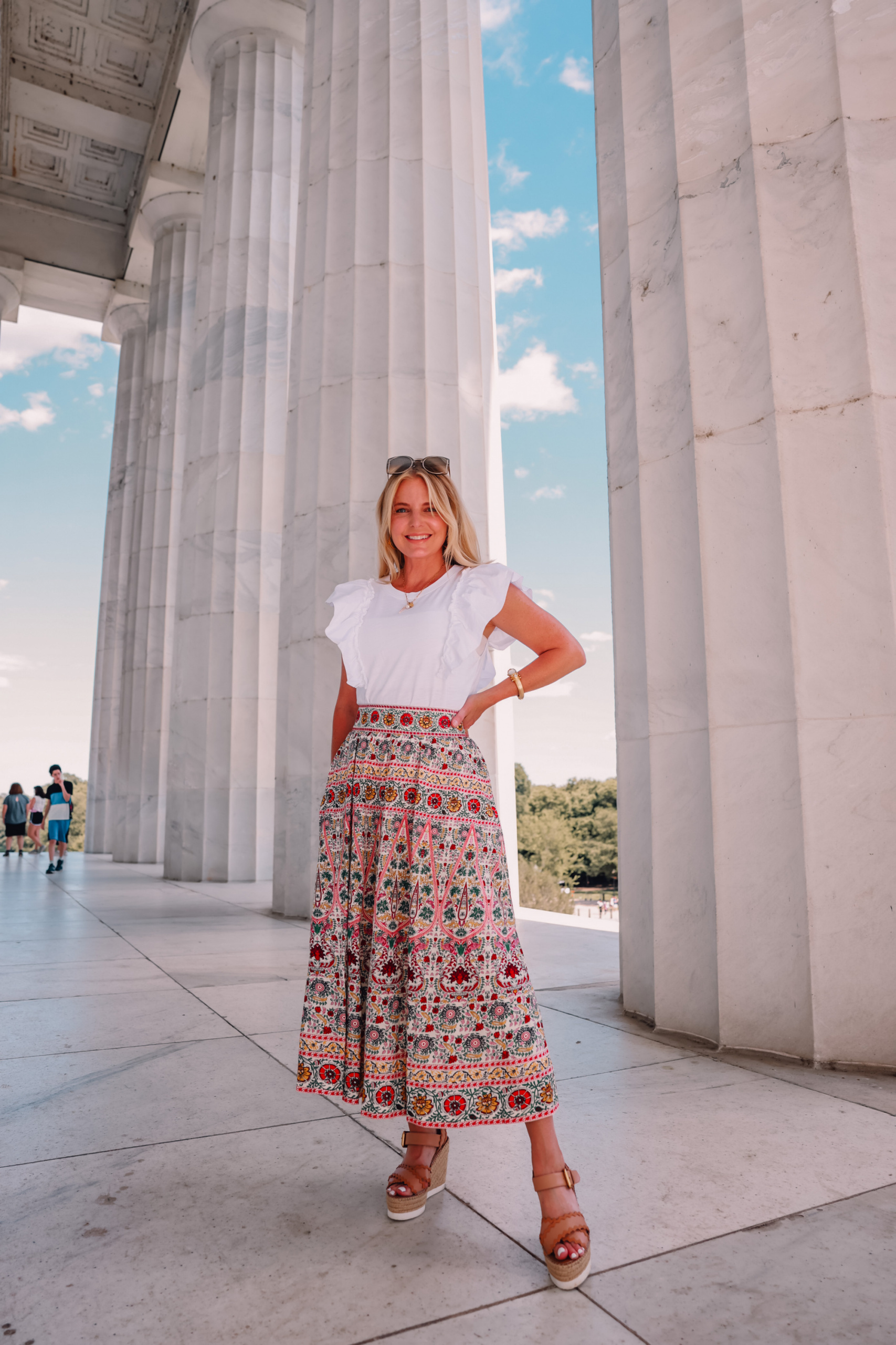 maxi skirts, how to wear a maxi skirt, how to wear a mixi skirt over 40, maxi skirts over 40, alice + olivia embroidered skirts, nation LTD ruffle tee, see by chloe espadrille wedges