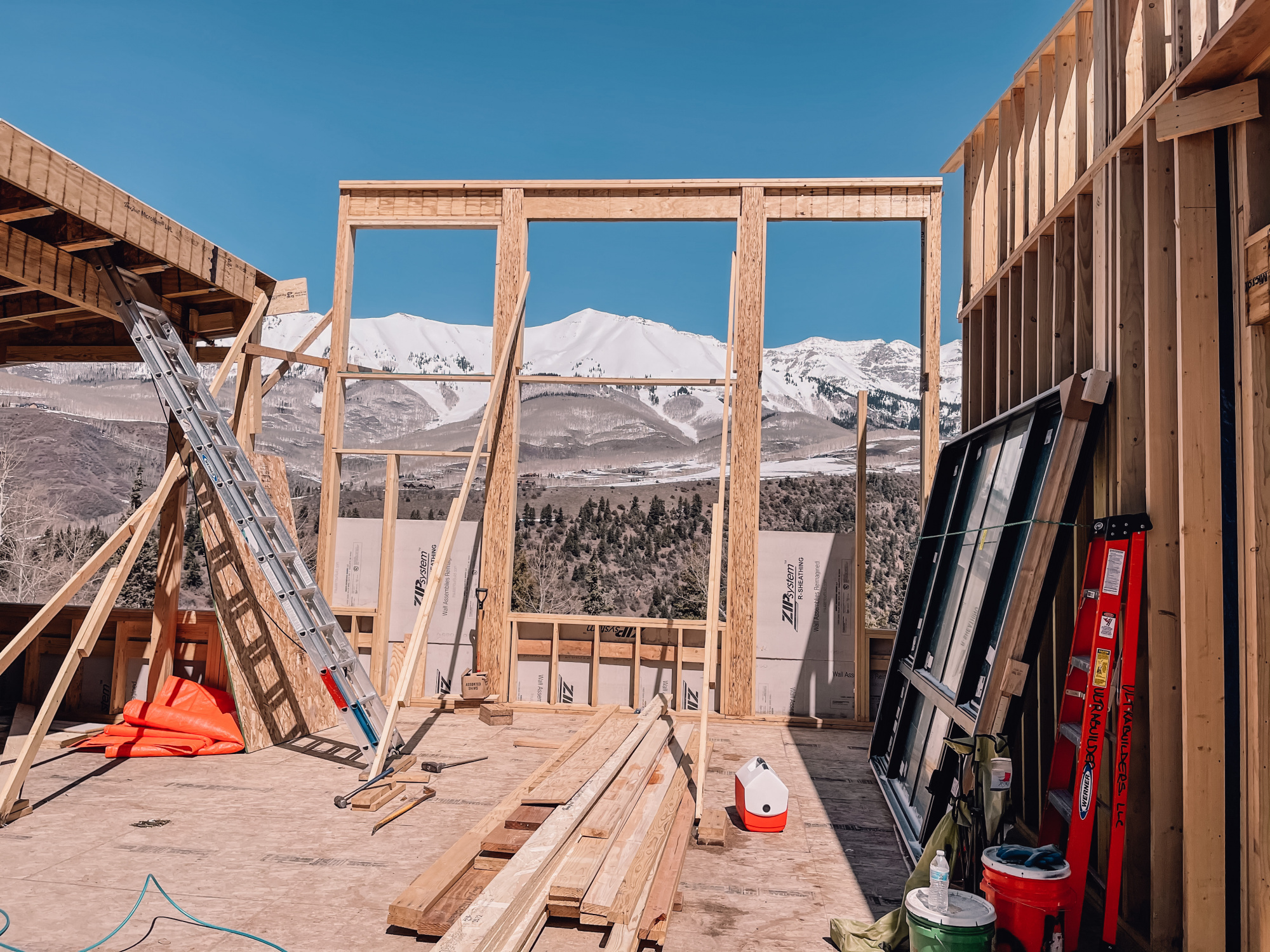 Busbee house in Telluride, modern mountain home build