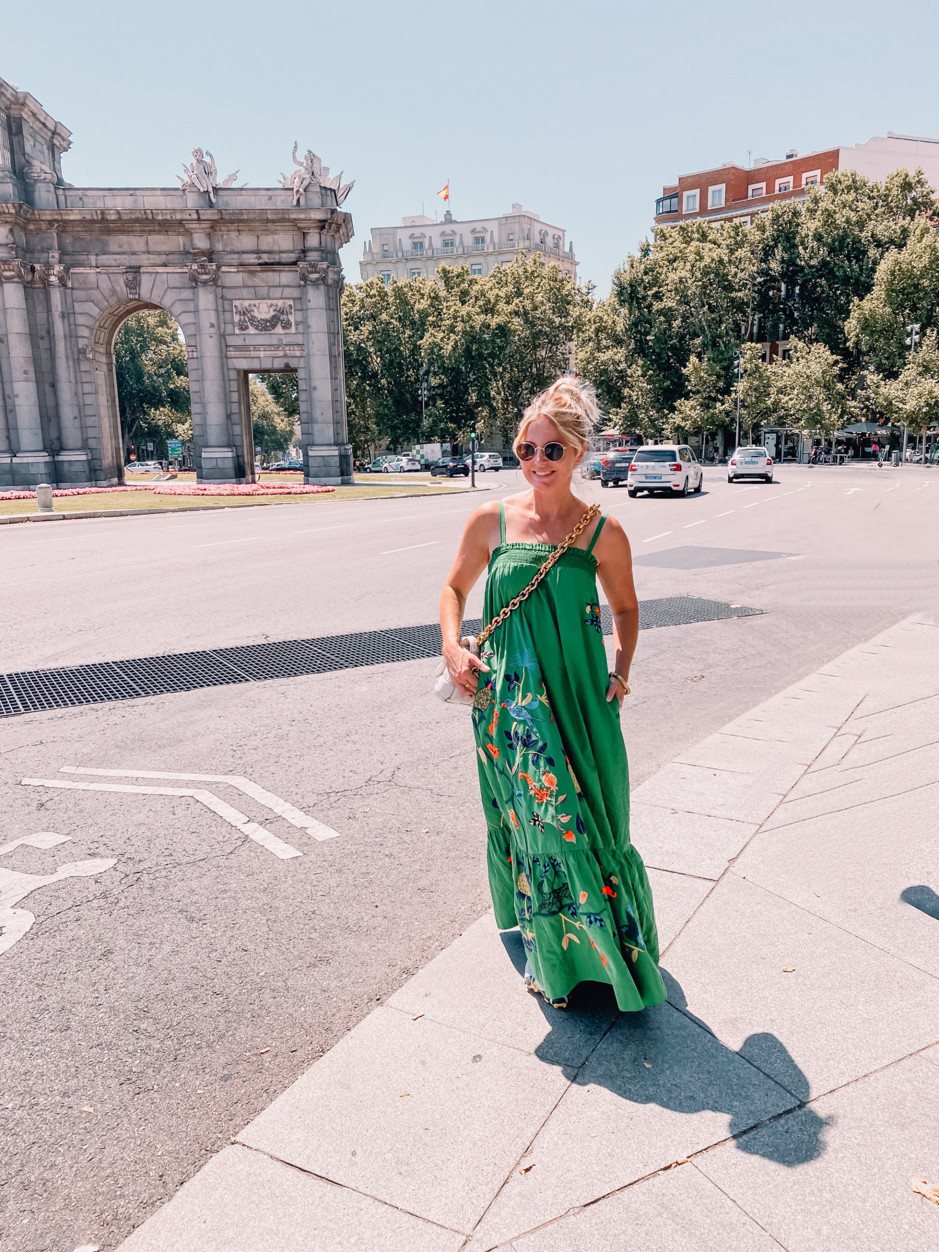 what to wear in spain, how to dress in spain, madrid, how to dress in madrid, what to wear in madrid, how to pack for a trip to spain, trip to spain, packing for spain, erin busbee, anthropologie printed dress, bottega veneta chain cassette bag, express sunglasses, floral print dress