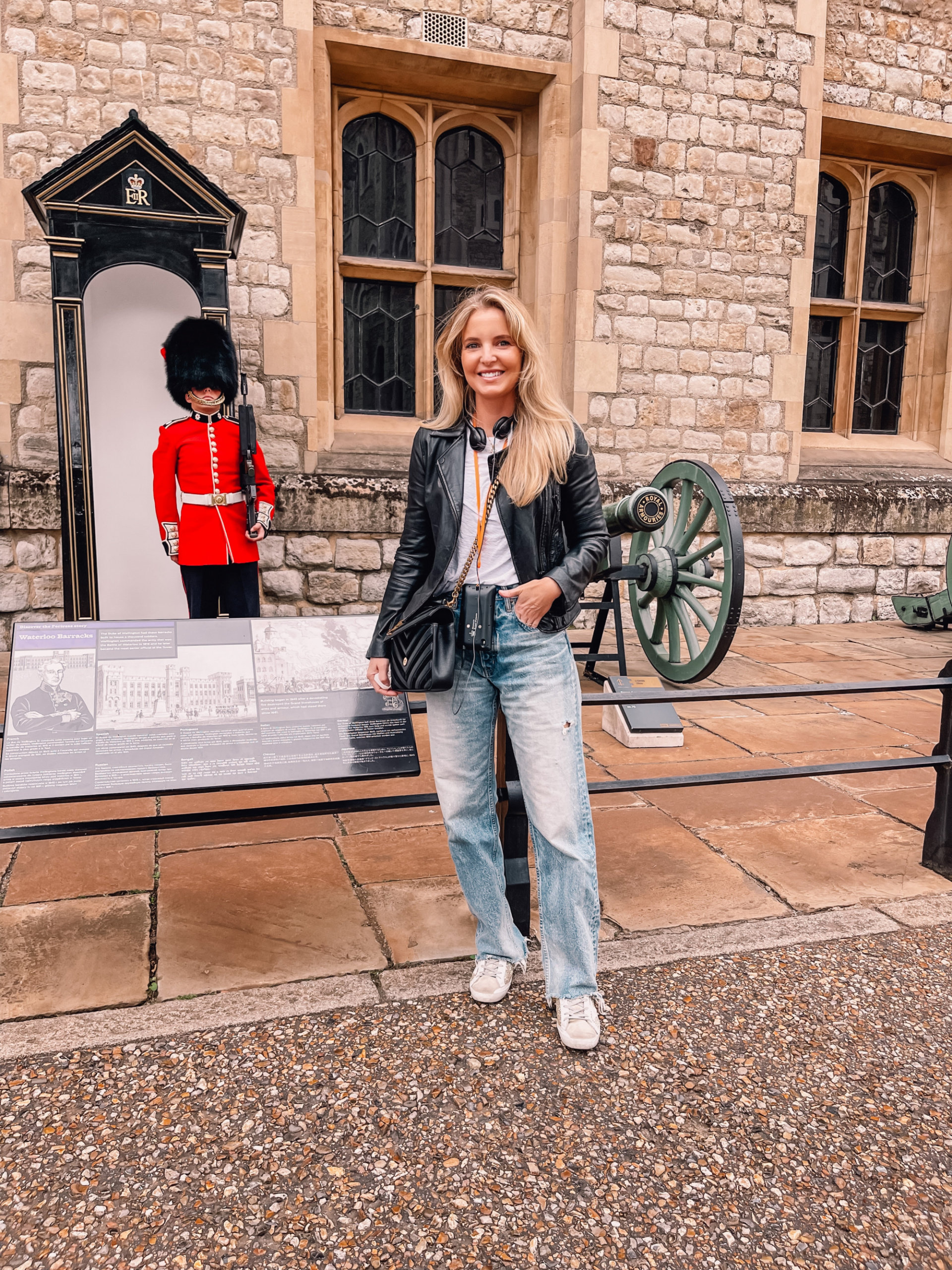 where to travel from spain, travel from spain, travel from madrid, erin bsubee, where to travel, weekend trips from spain, weekend trips from madrid, london, england, tower of london, black letaher moto jacket, nation ltd tee, golden goose sneakers, moussy vintage lomita jeans